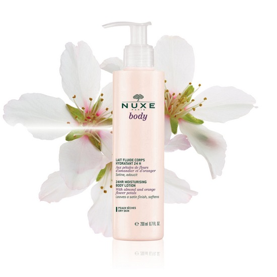Body2015 24hrMoisturisingBodyLotion flower