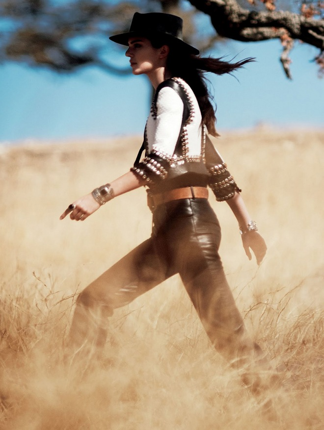 Kendall-Jenner US-Vogue-08