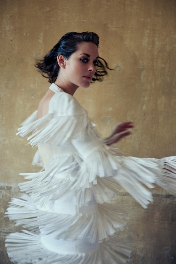 marion-cotillard-by-ryan-mcginley-for-porter-magazine-11-winter-2015-6-561x840