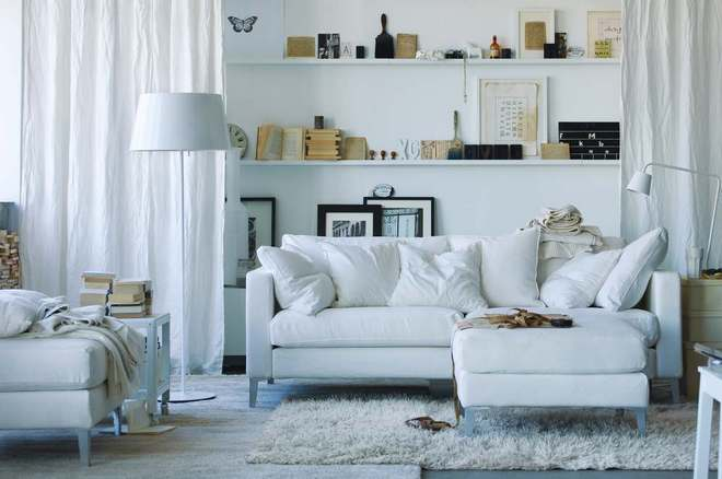 White-living-room cr