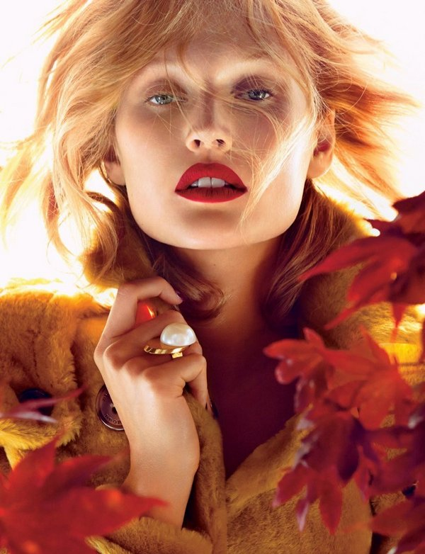toni-garrn-fall-lipstick-trends01 cr