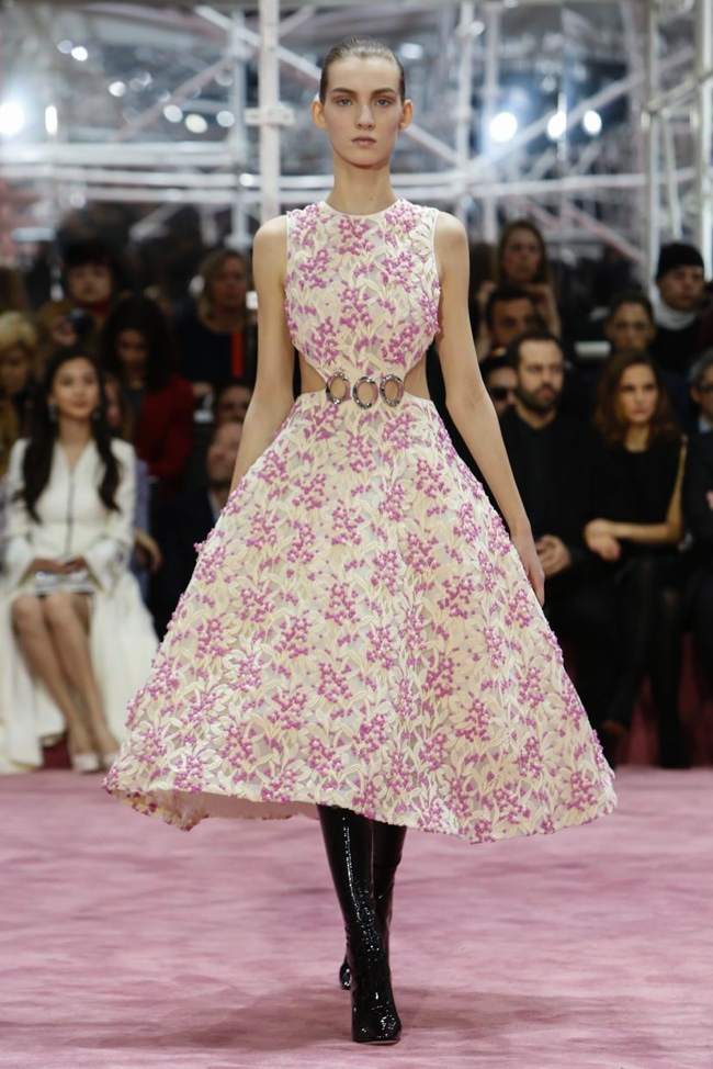 dior-haute-couture-spring-2015-runway-photos03