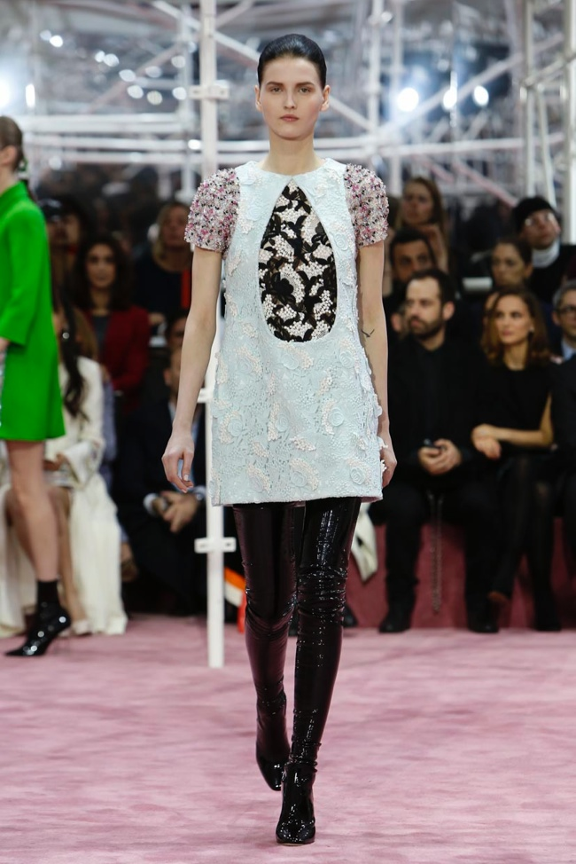 dior-haute-couture-spring-2015-runway-photos09