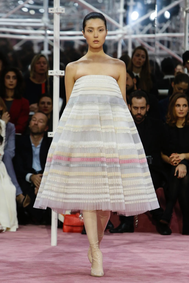 dior-haute-couture-spring-2015-runway-photos15