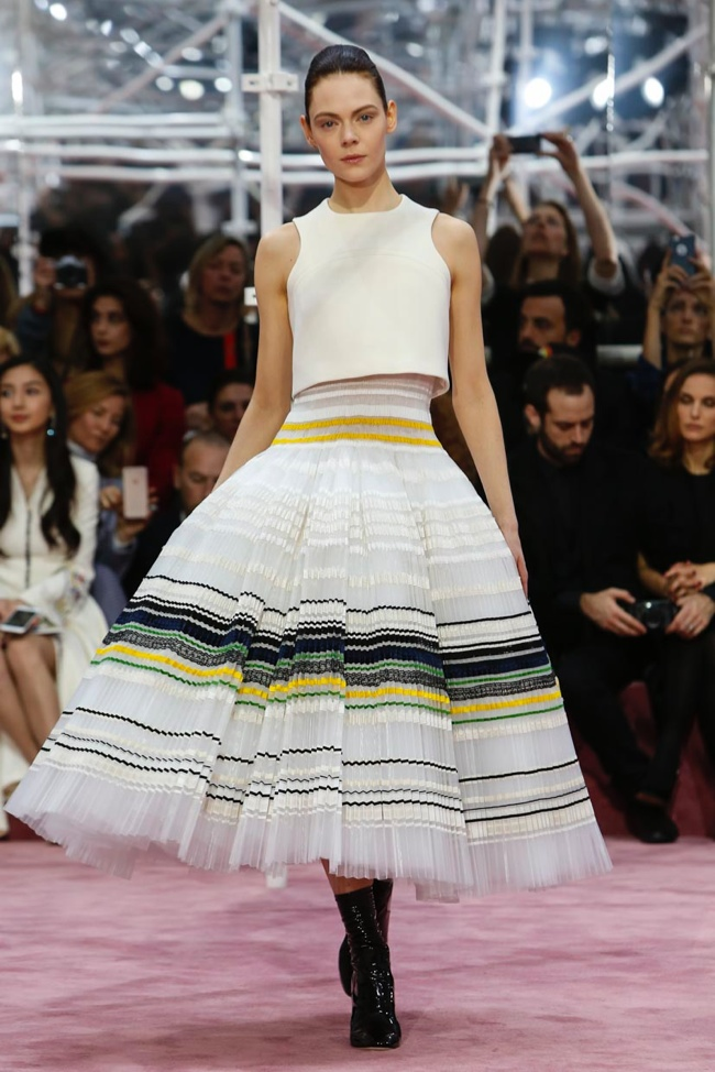 dior-haute-couture-spring-2015-runway-photos16