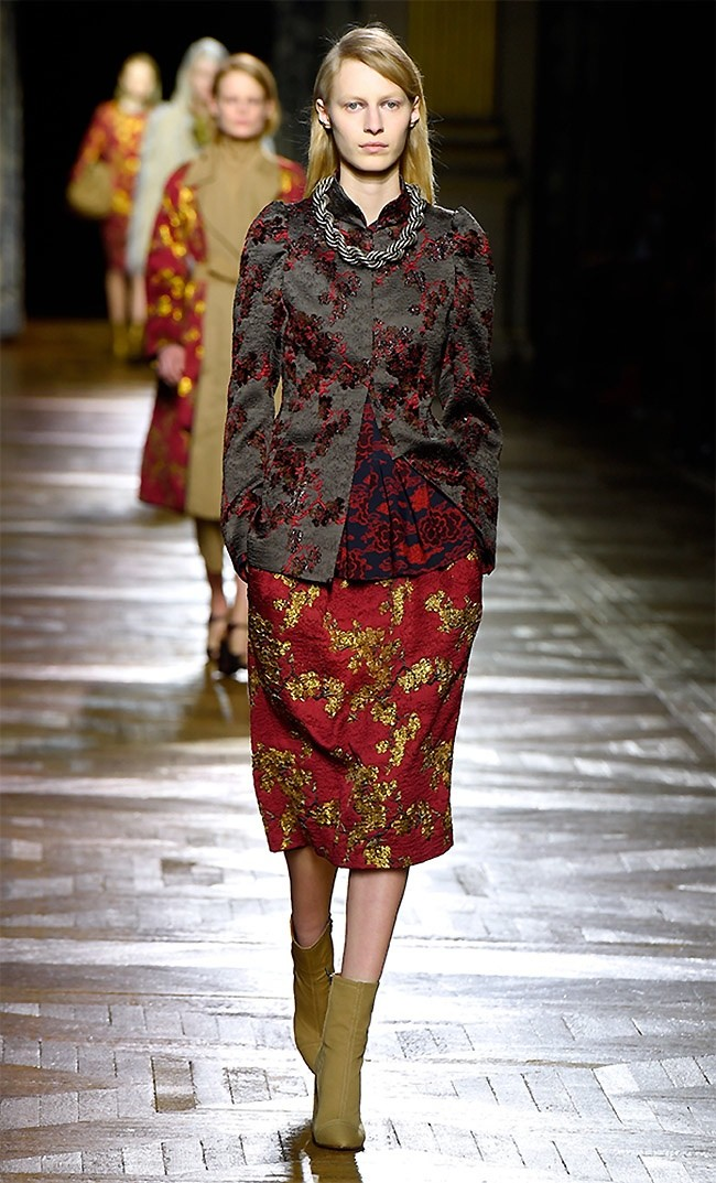 dries-van-noten-fall-winter-2015-runway02