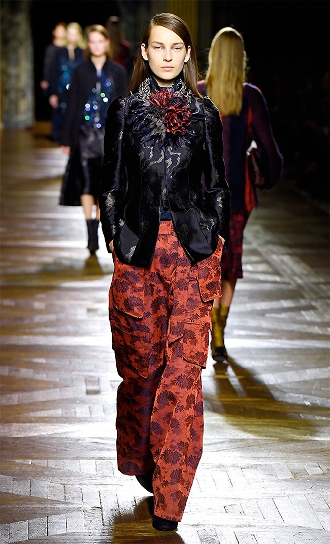 dries-van-noten-fall-winter-2015-runway14