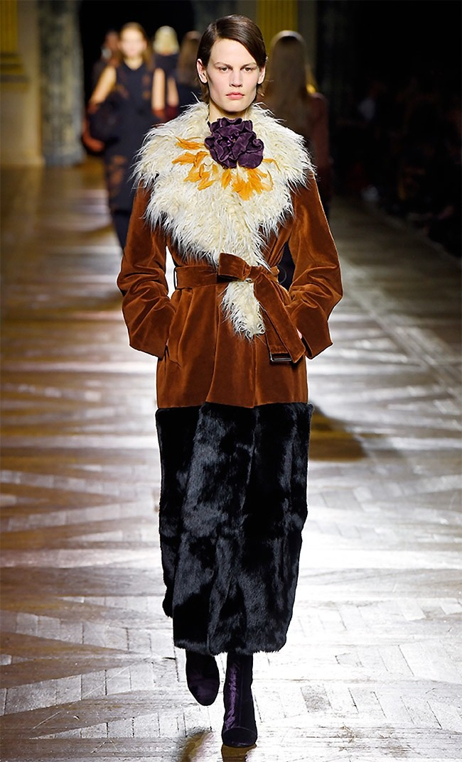 dries-van-noten-fall-winter-2015-runway25