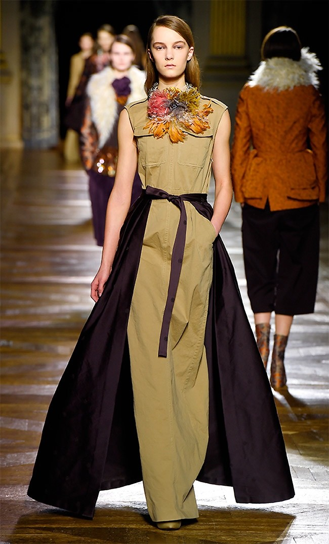dries-van-noten-fall-winter-2015-runway30