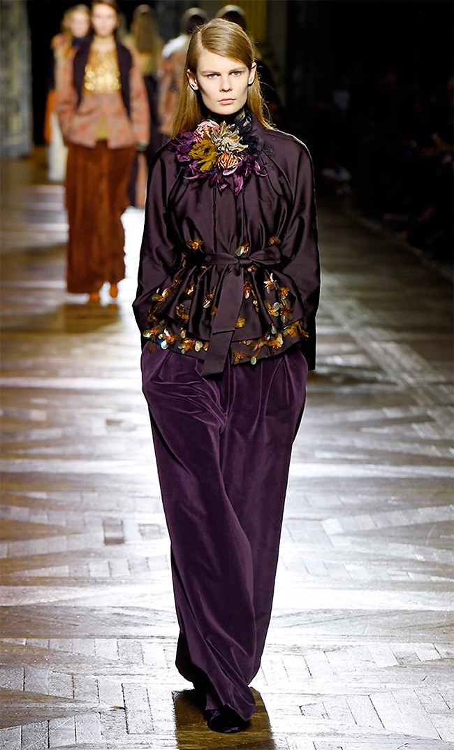 dries-van-noten-fall-winter-2015-runway34