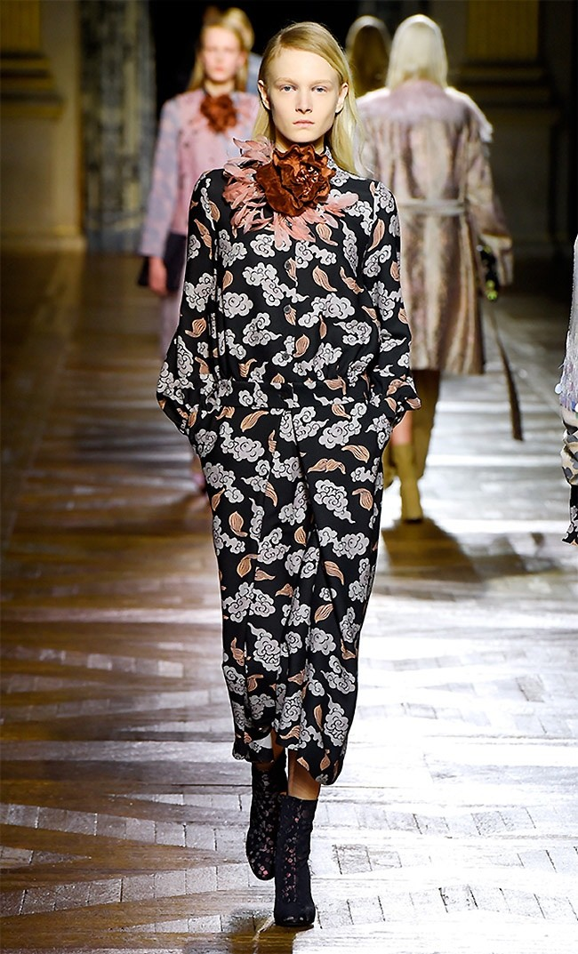 dries-van-noten-fall-winter-2015-runway48