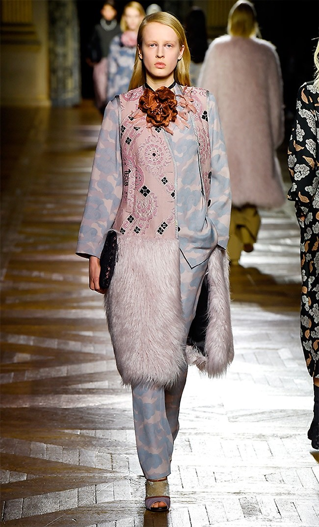 dries-van-noten-fall-winter-2015-runway49