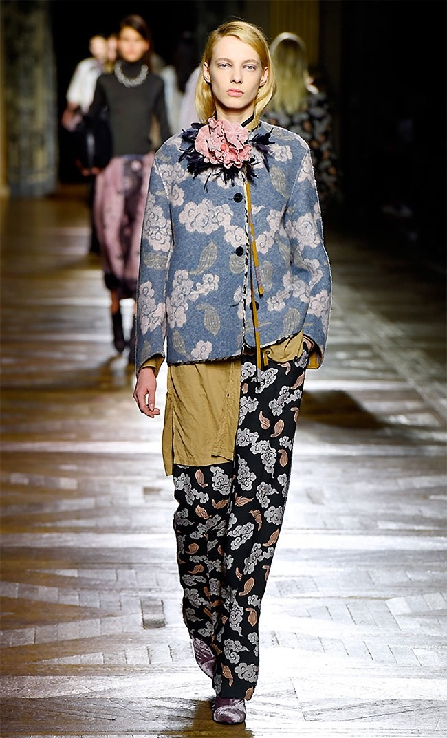 dries-van-noten-fall-winter-2015-runway50