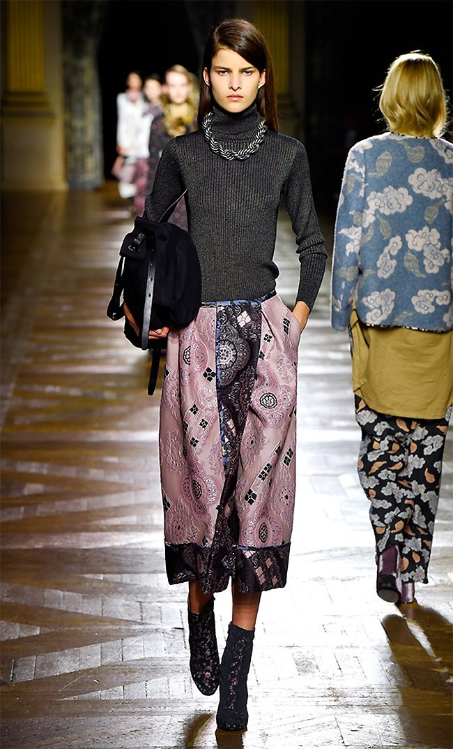 dries-van-noten-fall-winter-2015-runway51