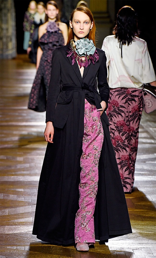 dries-van-noten-fall-winter-2015-runway55