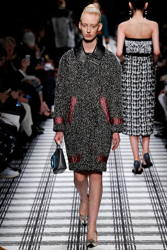 balenciaga-fall-winter-2015-runway15