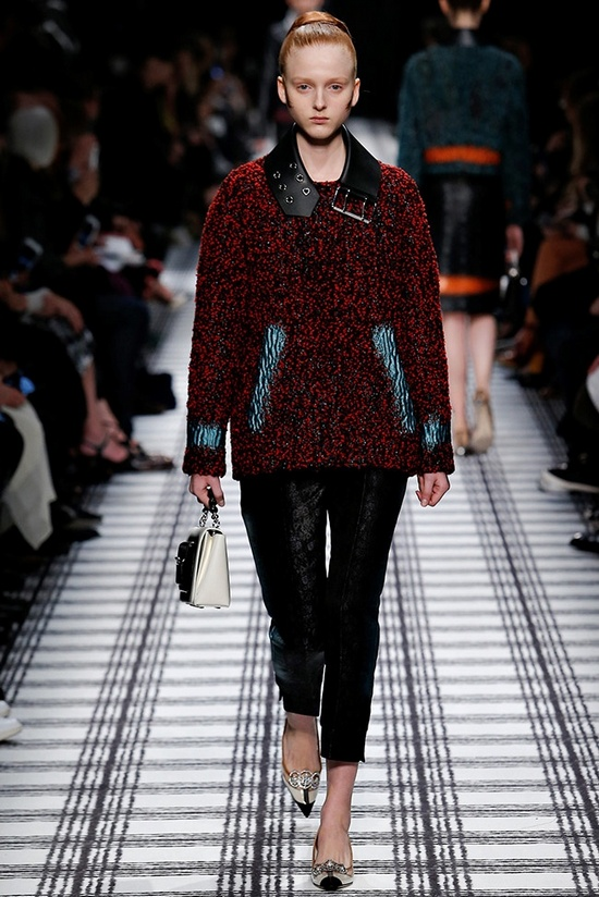 balenciaga-fall-winter-2015-runway17