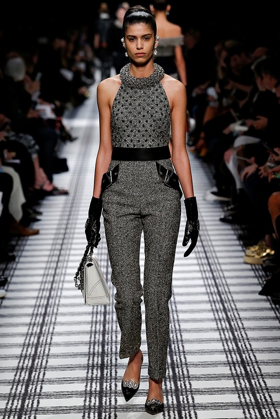 balenciaga-fall-winter-2015-runway27