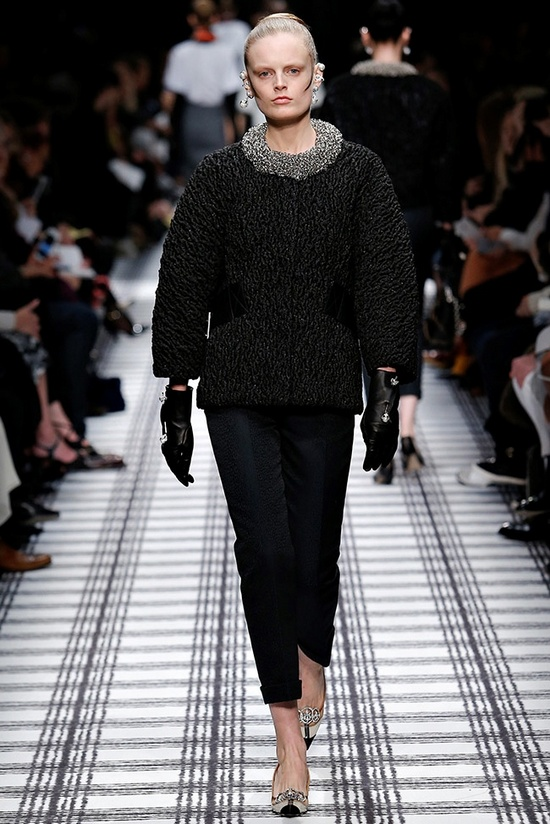 balenciaga-fall-winter-2015-runway29
