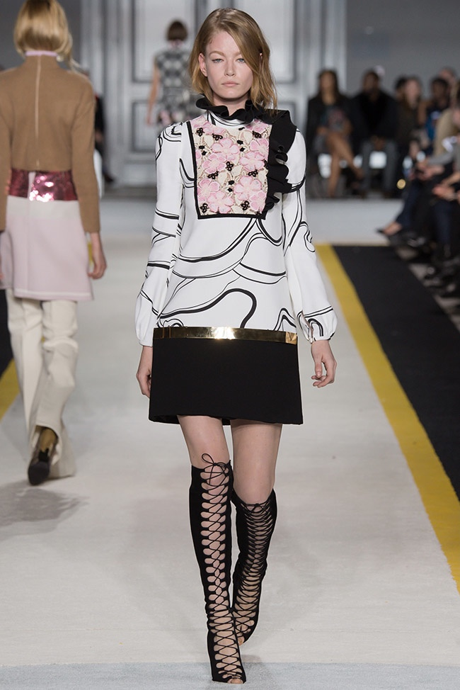 giambattista-valli-fall-winter-2015-runway29