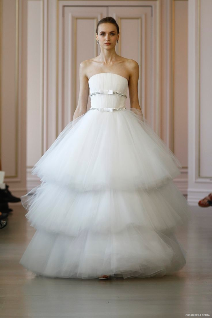 oscar-de-la-renta-2016-spring-wedding-dresses01