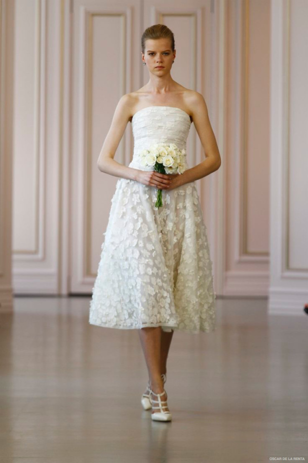 oscar-de-la-renta-2016-spring-wedding-dresses23