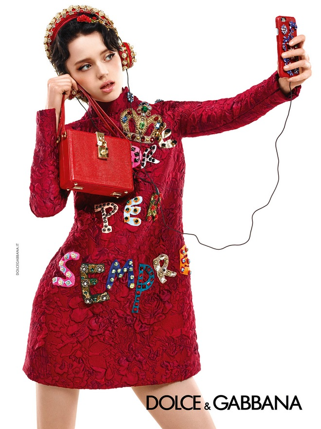 dolce-and-gabbana-winter-2016-women-advertising-campaign-09-zoom