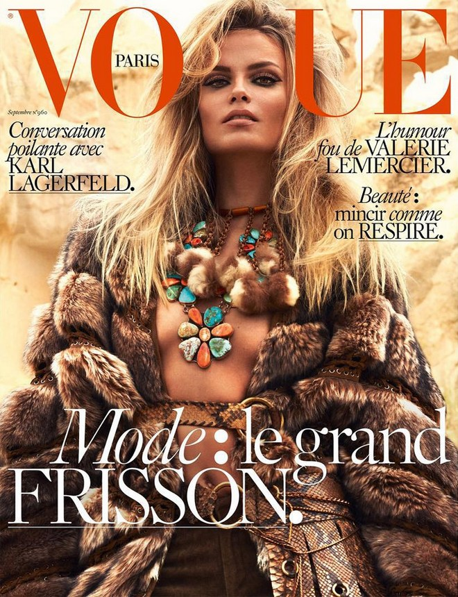 Natasha-Poly-Vogue-Paris-September-2015-Cover