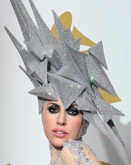 philip-treacy-lady-gaga-003