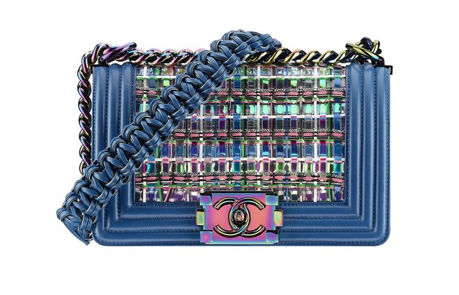Blue leather BOY CHANEL handbag embellished with woven multicoloured threads A67085-Y61496-3B490 cr