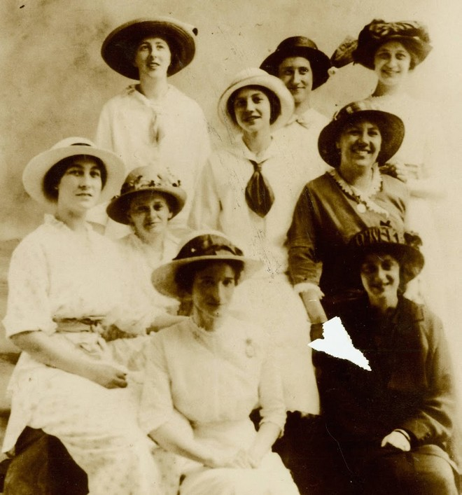 1902 Avon Ladies