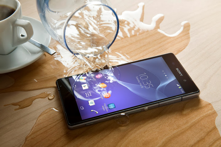 14 Xperia Z2 Water