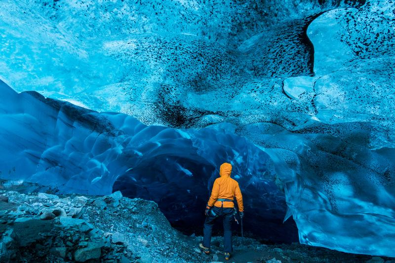 Sony Guides Ice Caves-1