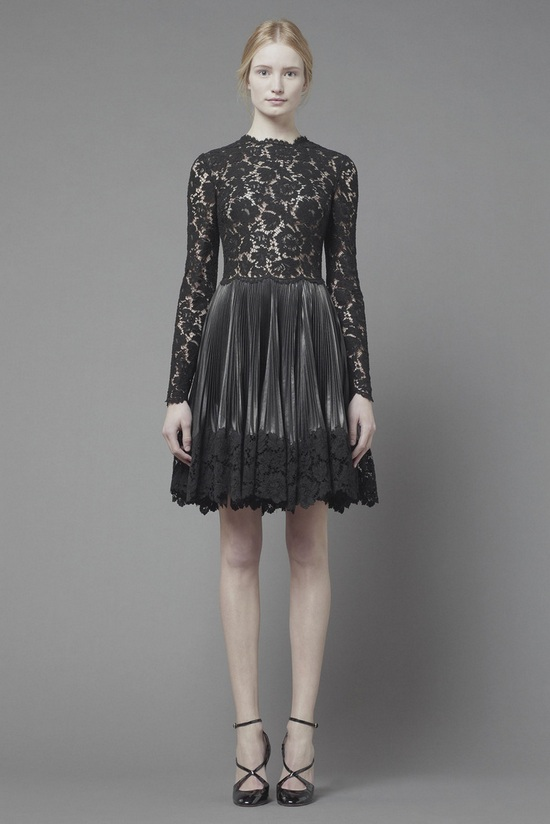 studded-hearts-valentino-pre-fall-2013-11