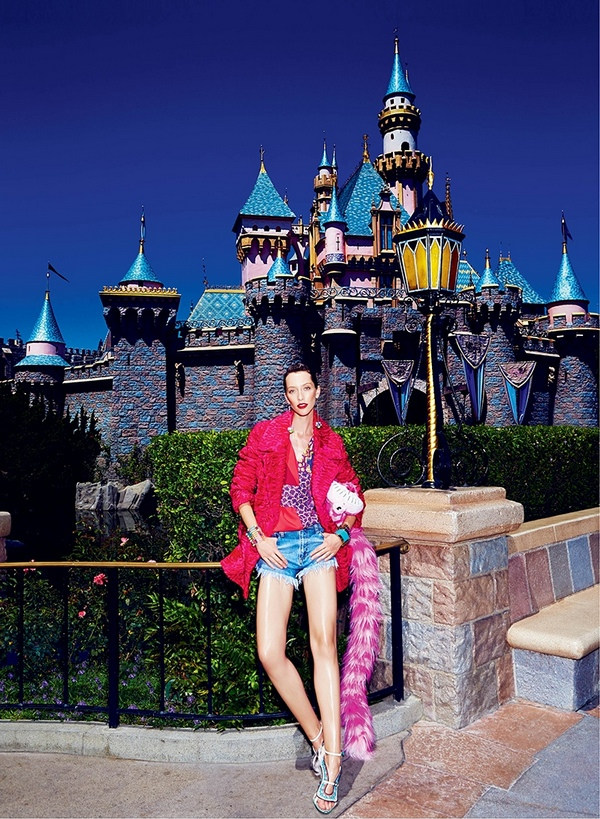 disneyland-fashion-shoot-elle06 cr