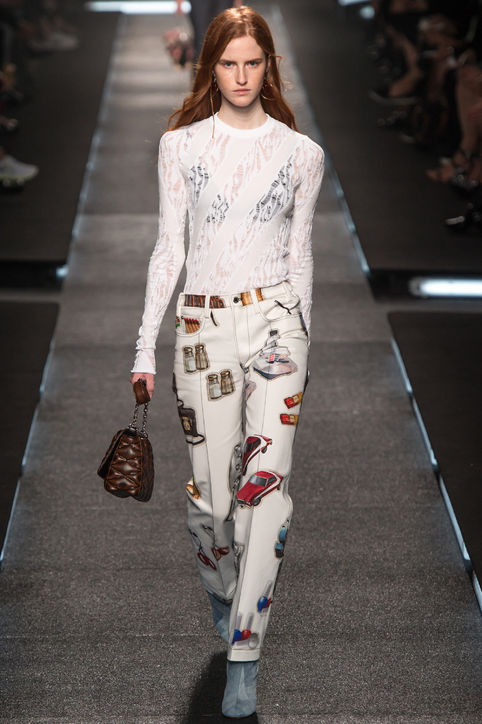 17-louis-vuitton-white-printed-jeans-spring-2015-h724