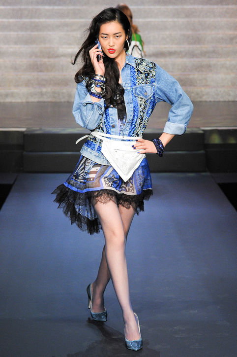 19-jean-paul-gaultier-embroidered-denim-jacket-liu-wen-spring-2015-h724