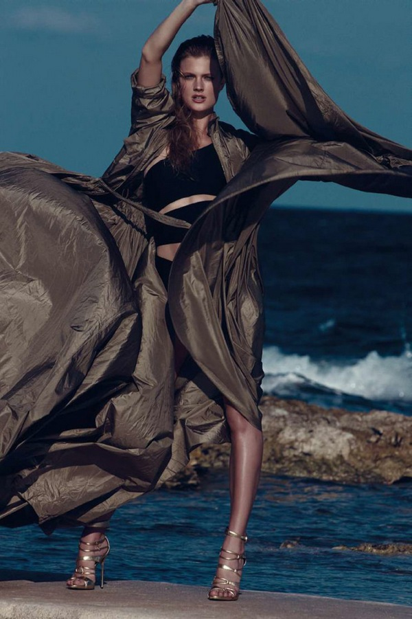 constance-jablonski-by-nagi-sakai-for-harper s-bazaar-spain-may-2015-20