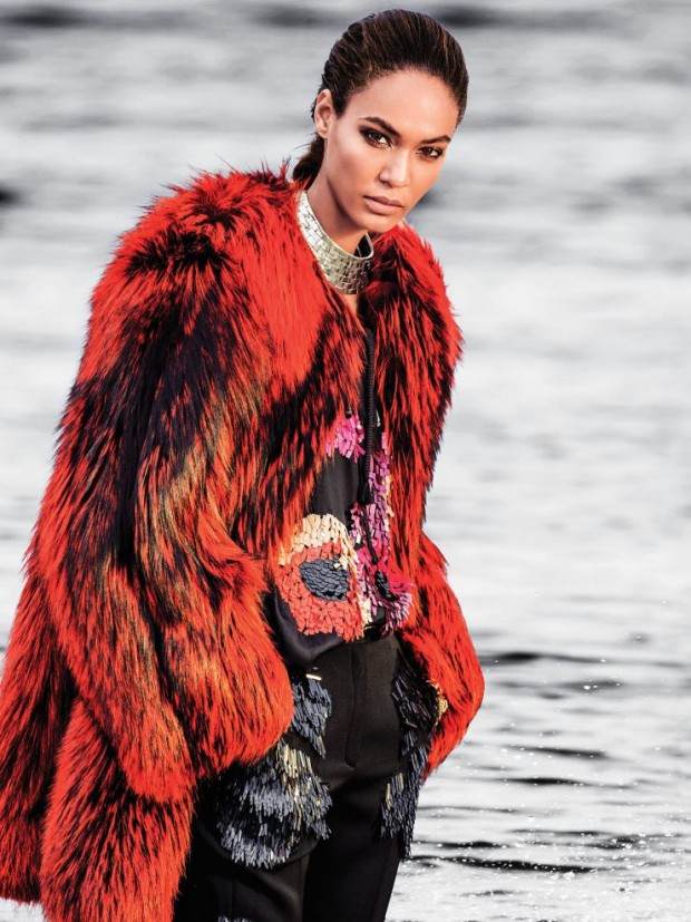joan-smalls-by-gilles-bensimon-for-vogue-mc3a9xico-september-2015-2-620x827