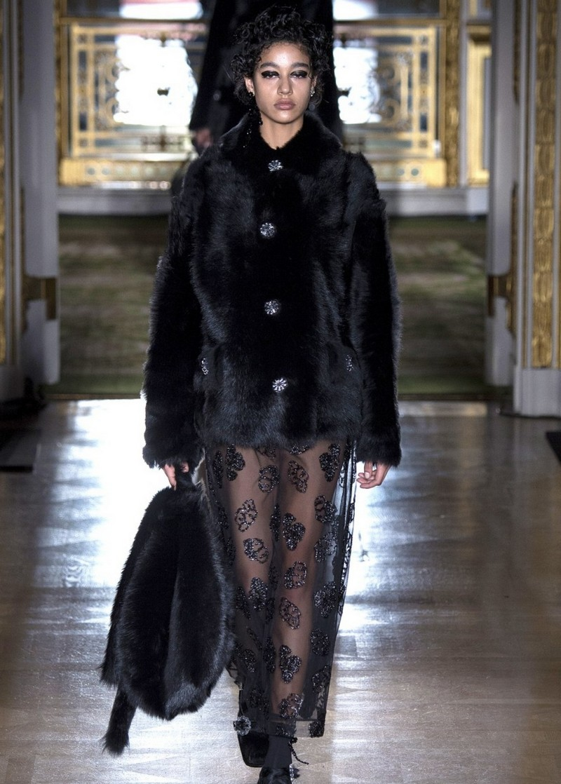 SIMONE ROCHA FALL 2016 11
