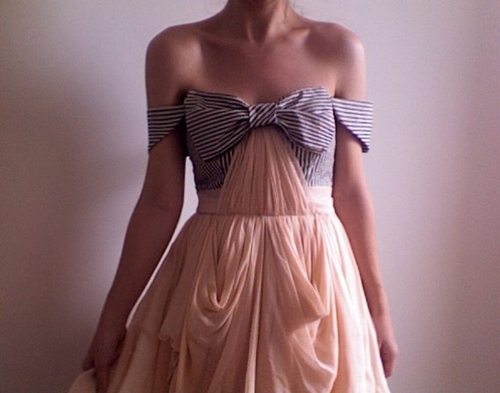 bow-dress-fashion-loop-romantic-Favim.com-86919 large
