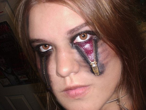 Halloween makeup 2009 by o0Psy0o