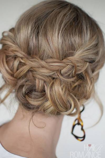 Hair-Romance-30-braids-30-days-24-the-messy-braided-upstyle