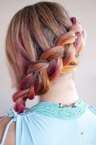 Hair-Romance-pink-side-braid-hairstyle-3