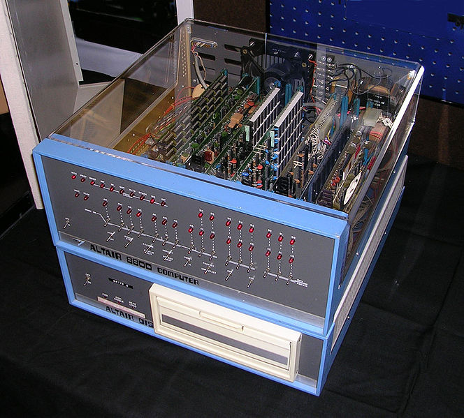 Altair 8800 Computer - 1975