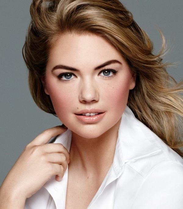 1 kate-upton-presentation-as-skin-foundation-stick-by-bobbi-brown