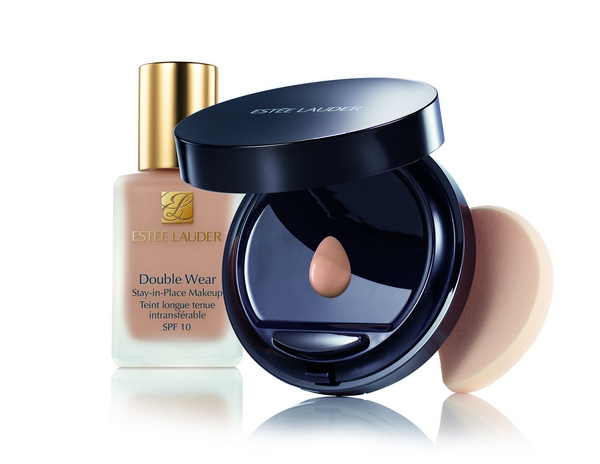 Double Wear To Go Product Shot Foundation and Compact UK Only Expiry September 2016 cr
