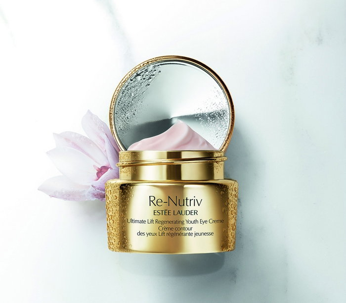 ReNutriv Ultimate Lift Regenerating Youth Collateral Eye Creme Global Expiry October 2017 cr