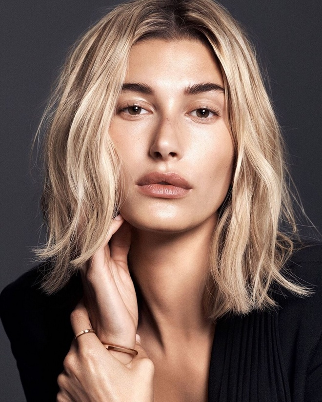 Hailey Baldwin Daniel Wellington Watch Campaign02