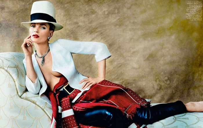 Kate-Moss-Vogue-Paris-April-2013-10
